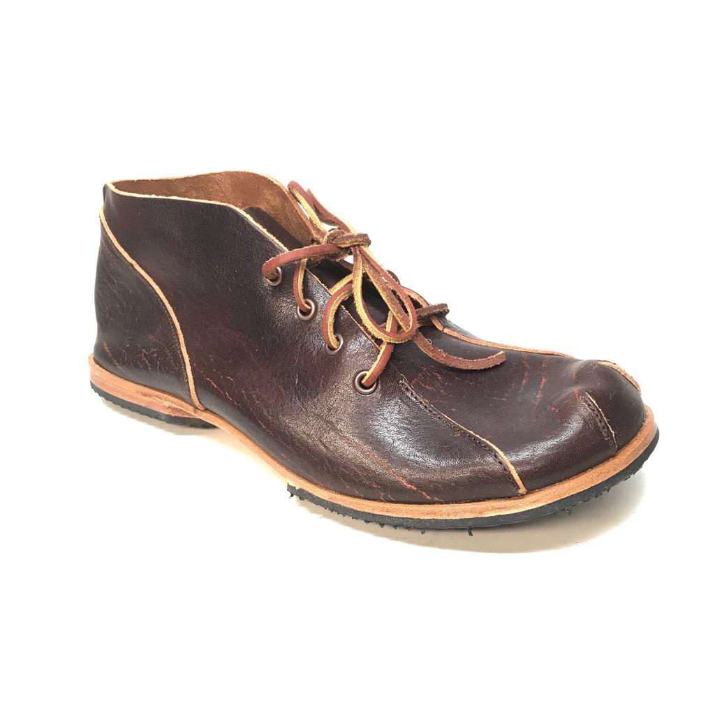Cydwoq 'Mud Doctor' Hand Made Cowhide Leather Shoes