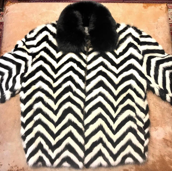 Winter Fur Ladies Chevron Mink Tail Fox Collar Fur Coat