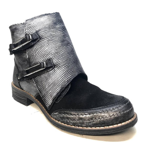 Kashani Black/Silver Women's Vintage Leather Strap Boot