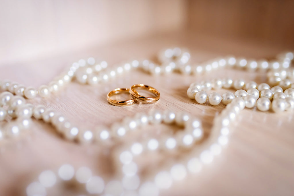 No wedding accessory is better than pearls