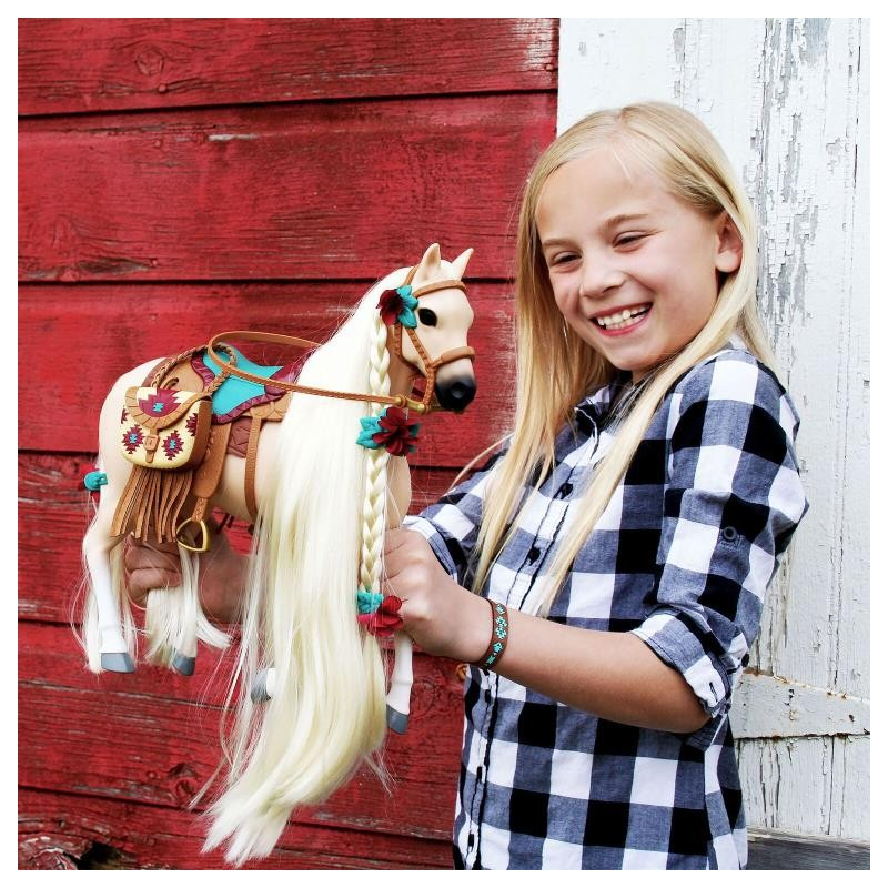 Saddle Stars Skye - Horse with Accessories