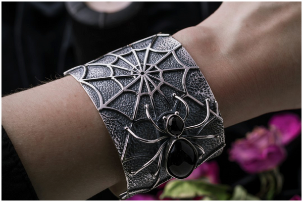 sterling-silver-whitby-jet-spider-and-web-unique-wide-cuff-bangle