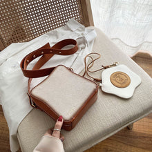 Cargar imagen en el visor de la galería, Funny Toast Design Bread Fashion Women Purses and Handbags Poached Eggs Shape Crossbody Shoulder Bag for Female Pouch Flap Totes