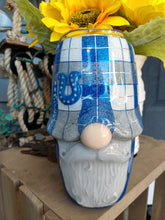 Load image into Gallery viewer, Horse shoe plaid Gnome