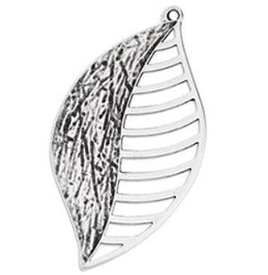 Leaf with striped wire side pendant, 25.3 x 47.5 mm