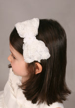 Load image into Gallery viewer, Betsy - Girls Ivory Hairband