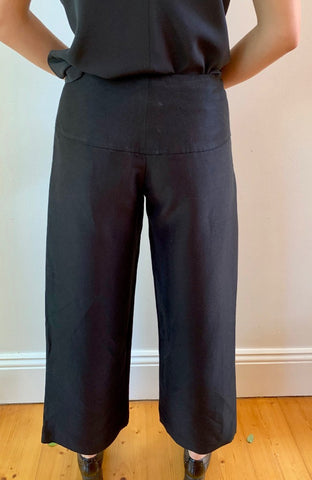 Black Button Pants P082