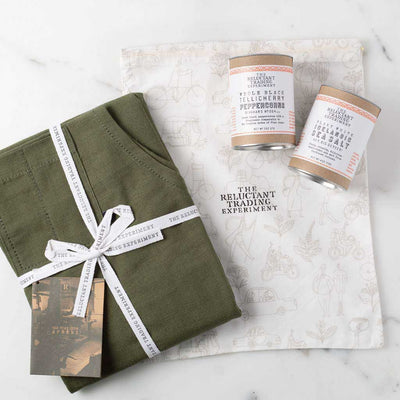 Olive Chef Apron + Tellicherry Pepper & Icelandic Salt Gift Set