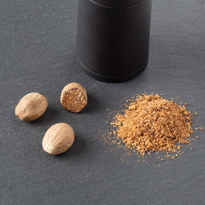 Grinding Nutmeg with Microplane Mill