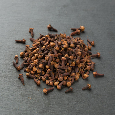 Whole, fragrant clove buds direct from India Reluctant Trading
