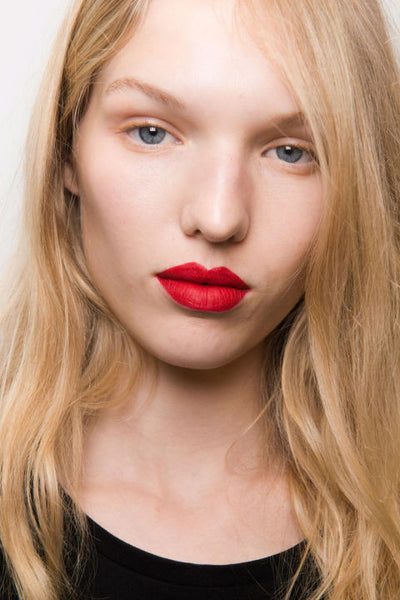 Bold lips 2017 makeup trends