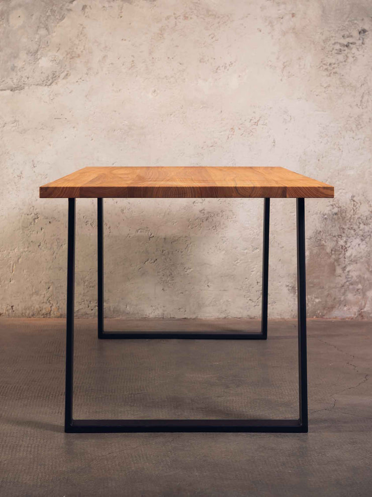 Tisch Black Forest in elm, baumann