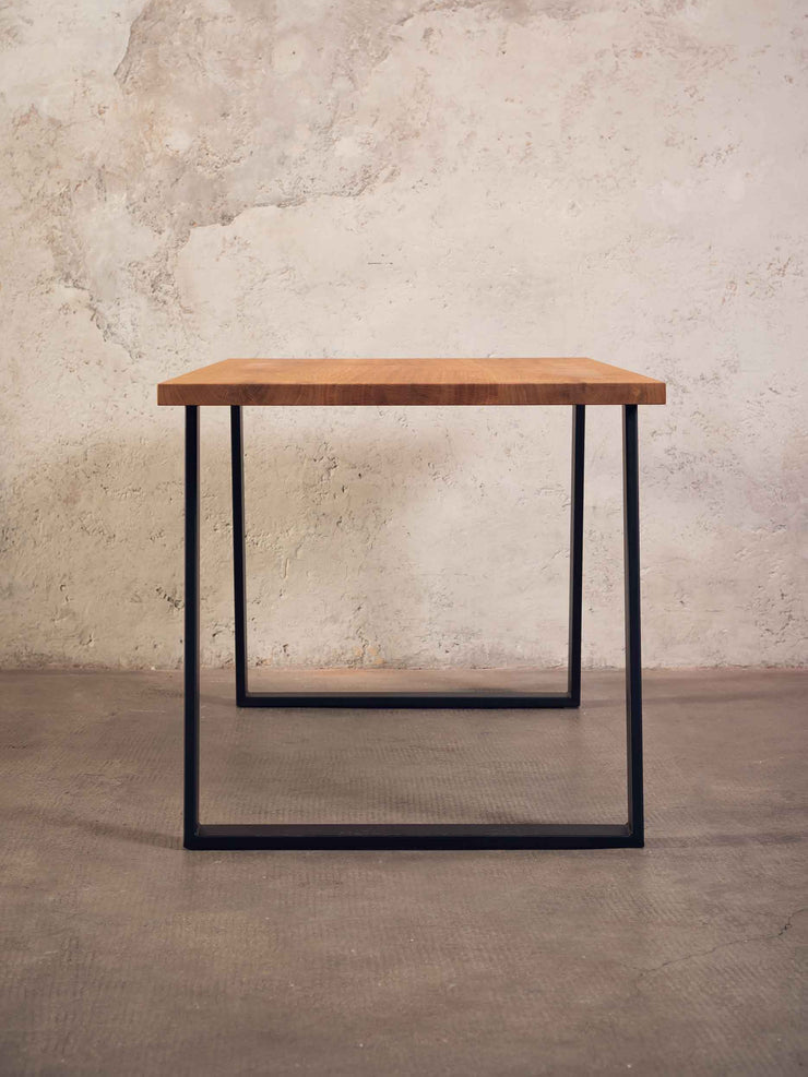 Tisch Black Forest in oak, baumann