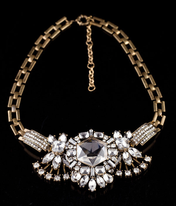 Retro Dame Necklace - Statement Necklace -   - 2