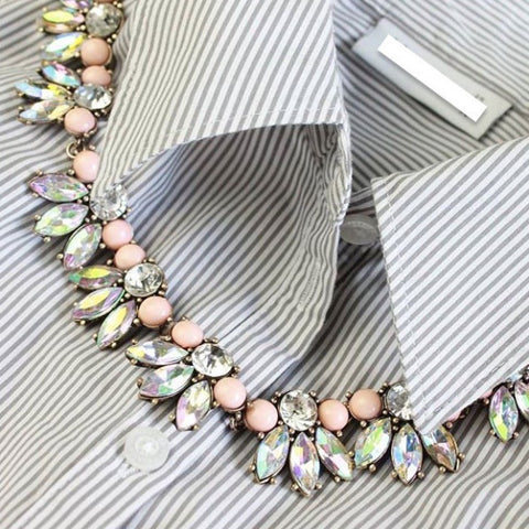 Pearlescent Floral Necklace - Statement Necklace -   - 2