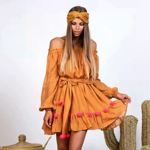 vestido corto de color amarillo hippie