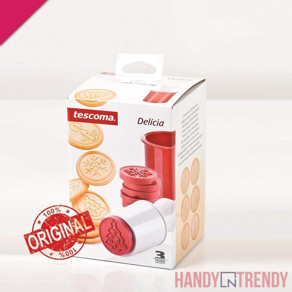 tescoma 8pcs christmas cookie stamper, tescoma baking tools, tescoma cookie cutter, original tescoma products in pakistan, tescoma products in pakistan, handyntrendy