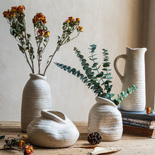 Load image into Gallery viewer, Portia Vase Collection