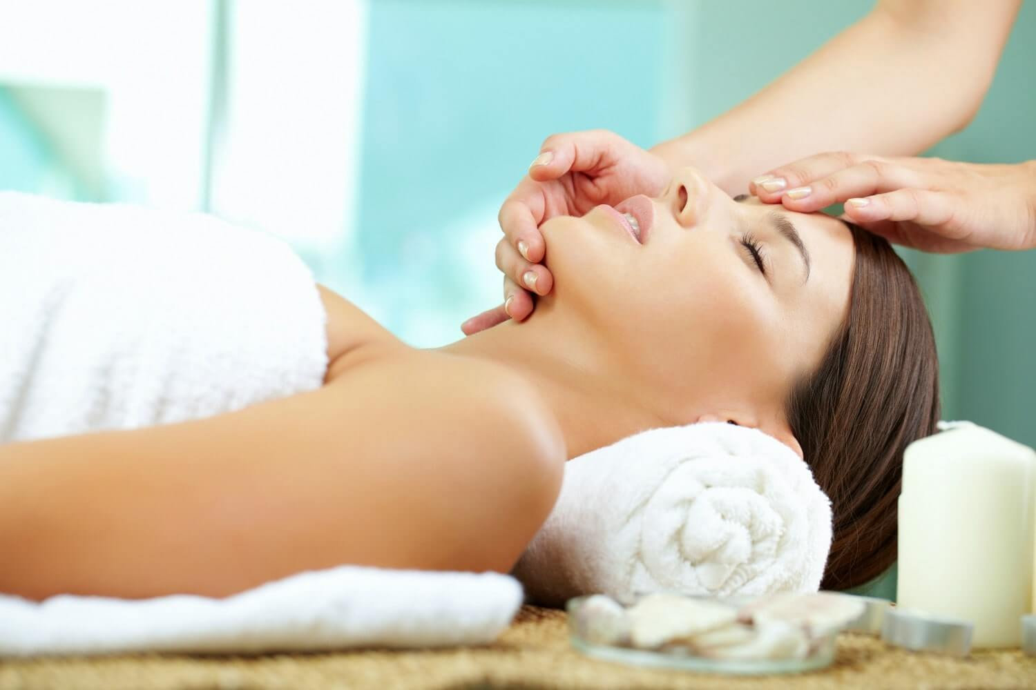 relaxing facial treatment infinity laser spa