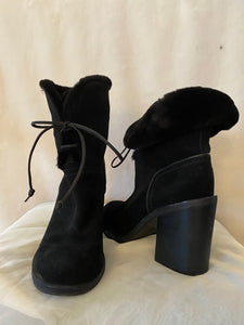 UGG suede tie-up boots - Size 8