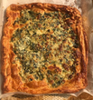Spinach and Garlic Cheese Croissant Pizza
