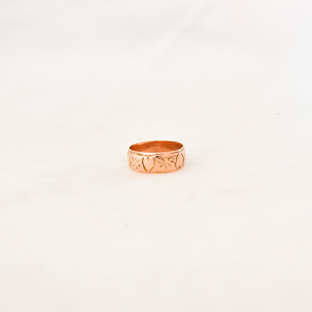 Victorian Engraved Rose Gold Ring