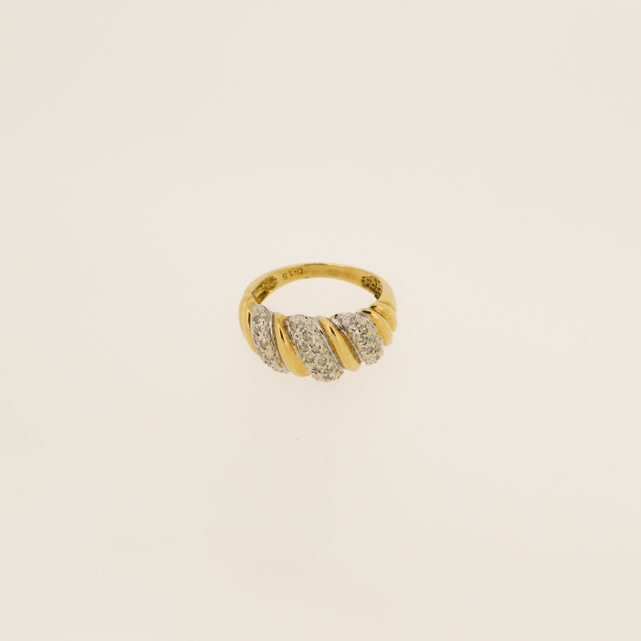 Diamond Pave Twist Gold Ring