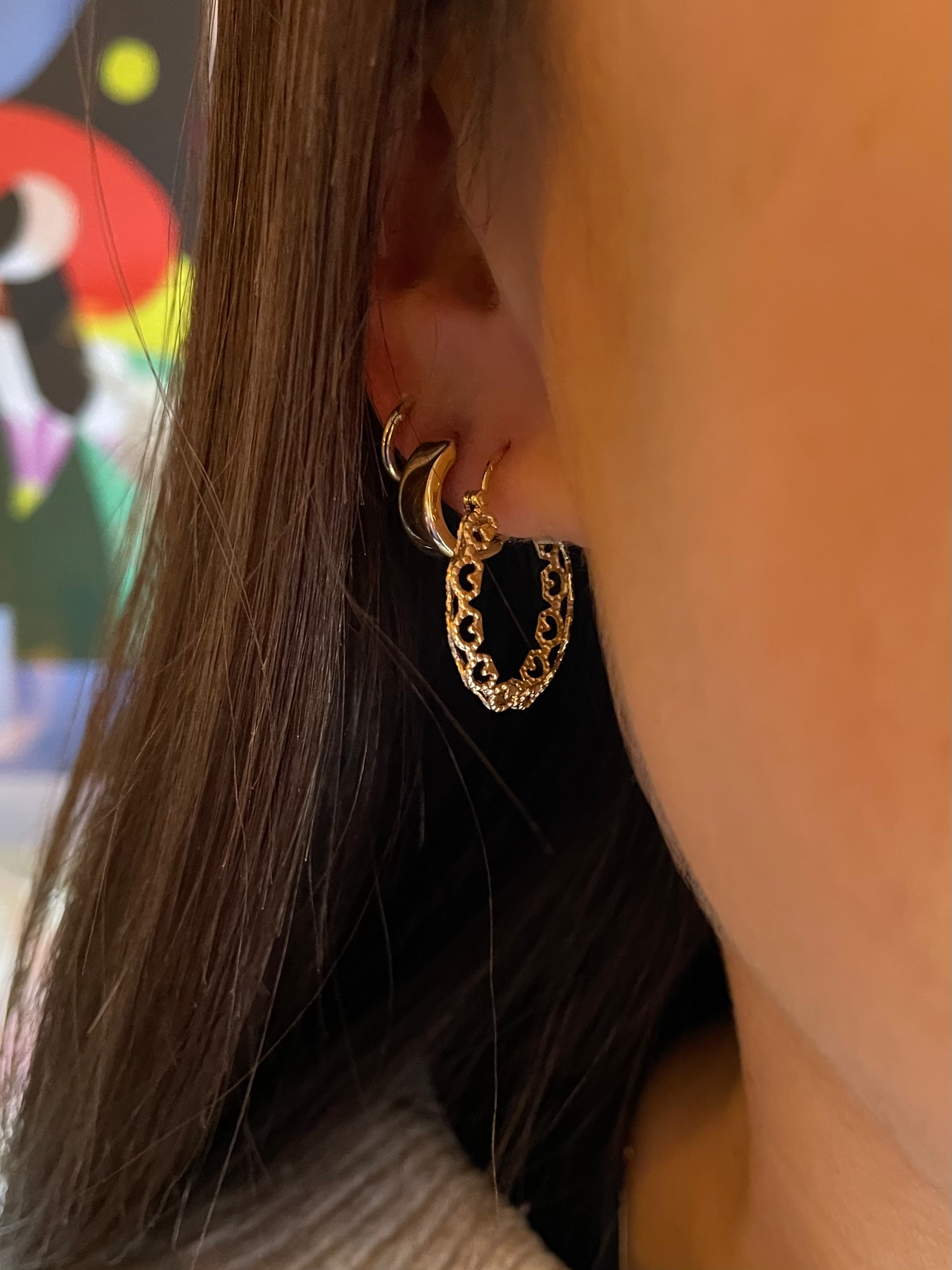 Cut-Out Gold Hoop Earrings - 18mm