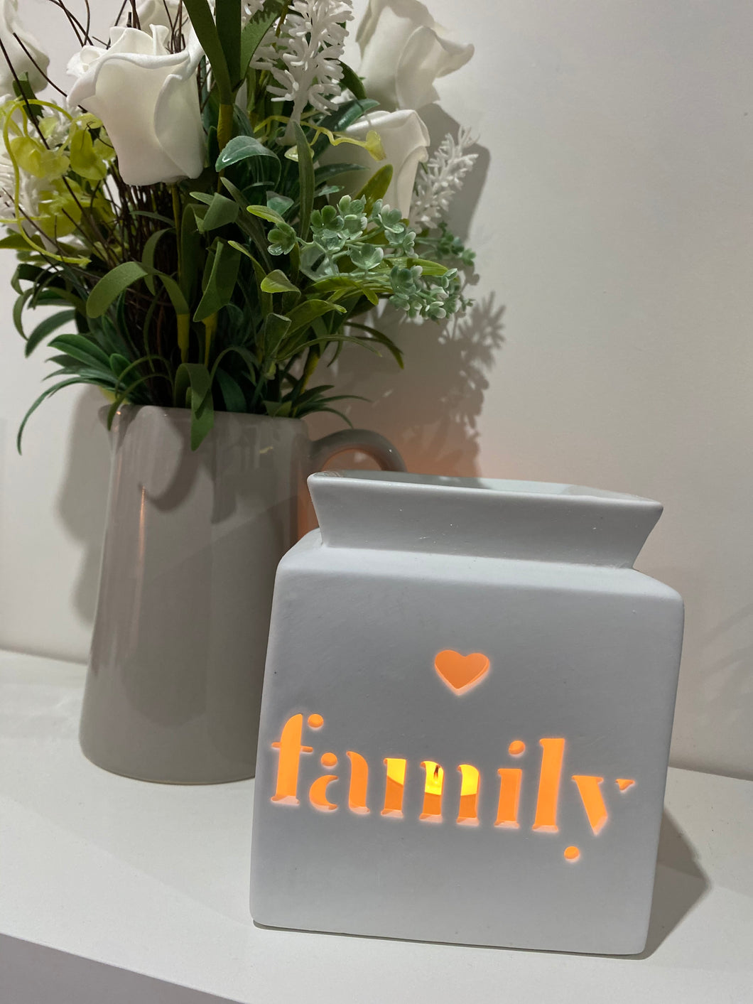 WHITE FAMILY CUT OUT BURNER