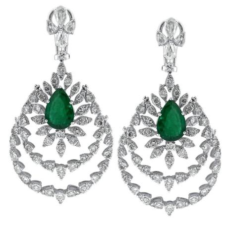 Emerald Earrings 18kt white gold with 6.14ct emerald stones and 13.04ct white diamonds EAR16000