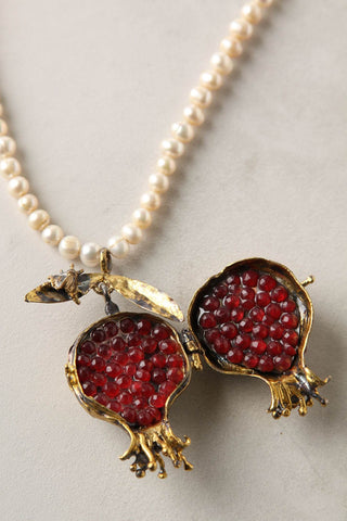 Pendant with pomegranate