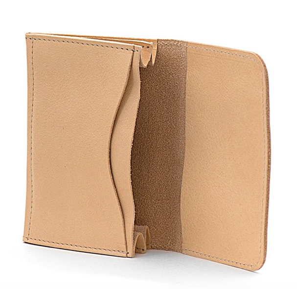 CARD CASE IN COWHIDE LEATHER C0470-120 (COLOR NATURAL)