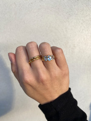 Ring Vintage Blue Topaz Gold