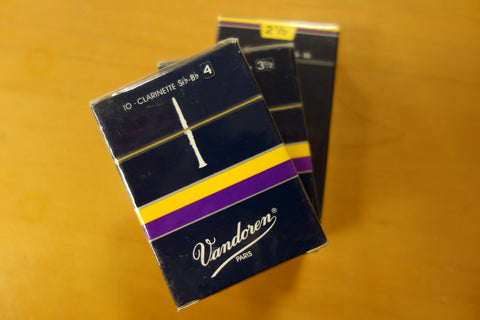 Vandoren Bb Clarinet Reeds 3-pack various