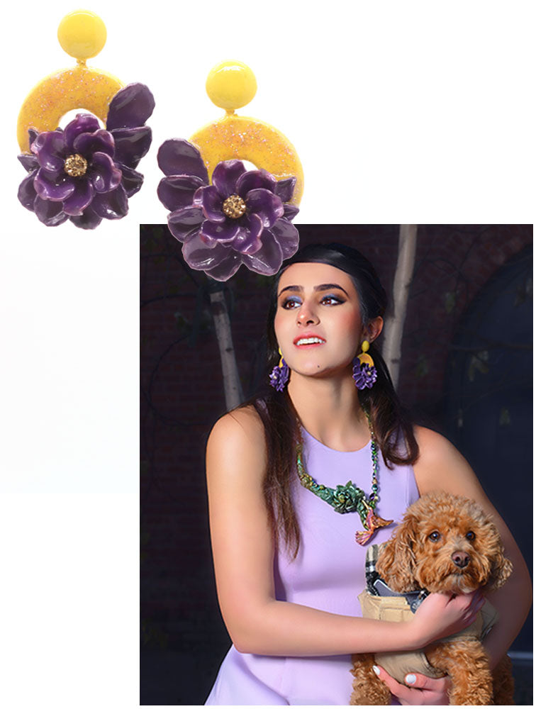 Floral earrings design by Sarlaz