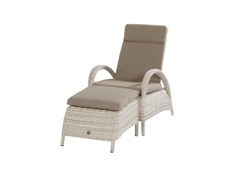 Rimini-relax-chair-with-footrest-Elzas-Weave