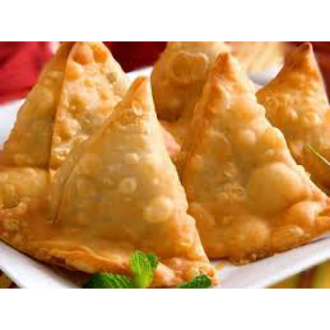 Samosas, Chicken (frozen, only available as Click & Collect or In-Store)