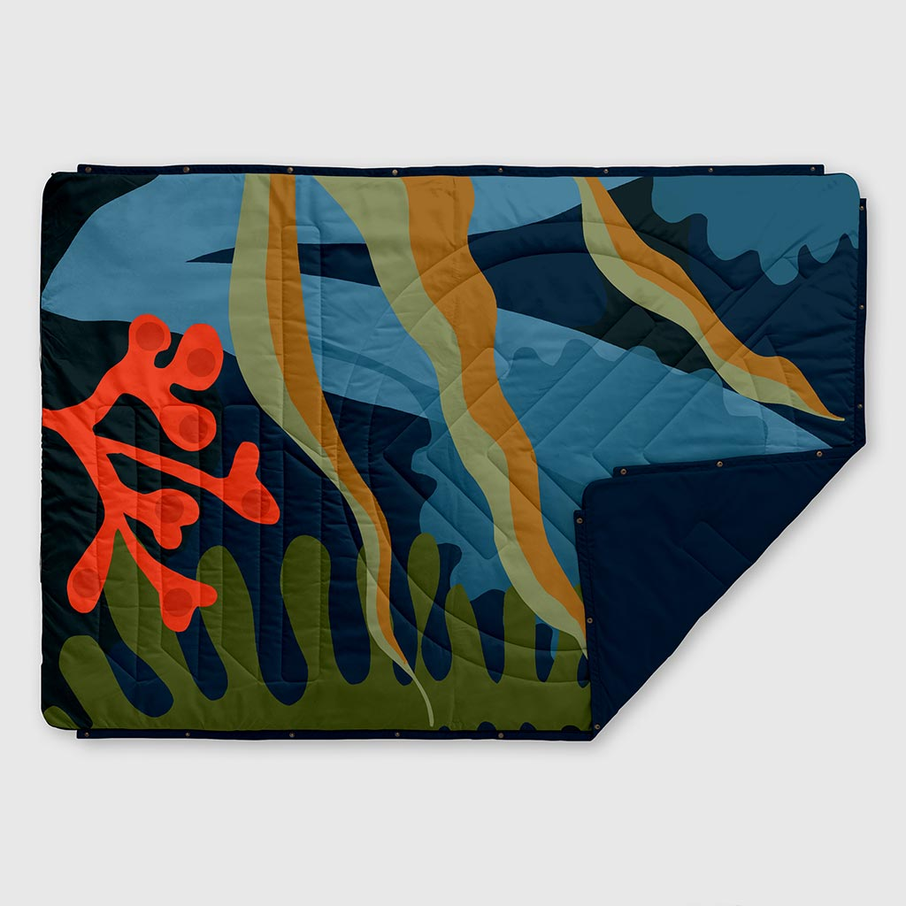 VOITED RECYCLED RIPSTOP OUTDOOR CAMPING BLANKET OCEAN TREASURE BLUE