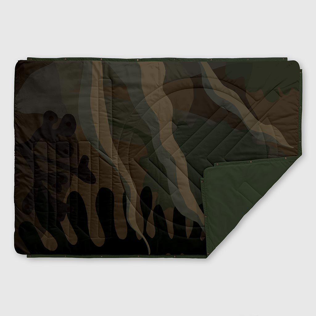 VOITED RECYCLED RIPSTOP OUTDOOR CAMPING BLANKET OCEAN TREASURE CAMO