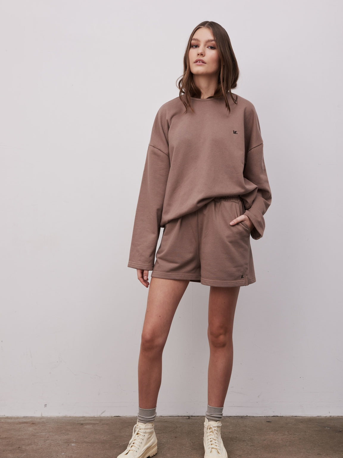 KYLIE SWEATSHIRT - FUDGE BROWN