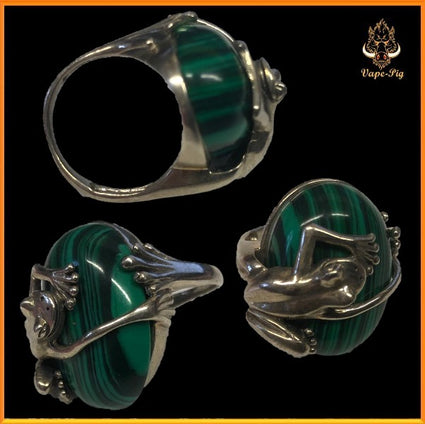 MALACHITE SIZE=M RING SET IN.925 STERLING SILVER FROG SETTING SIZE UK=M