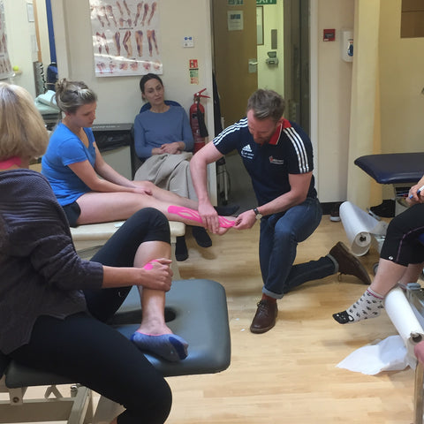 SPORTTAPE ACADEMY - Patrick demonstrates a shin splints lymphatic technique