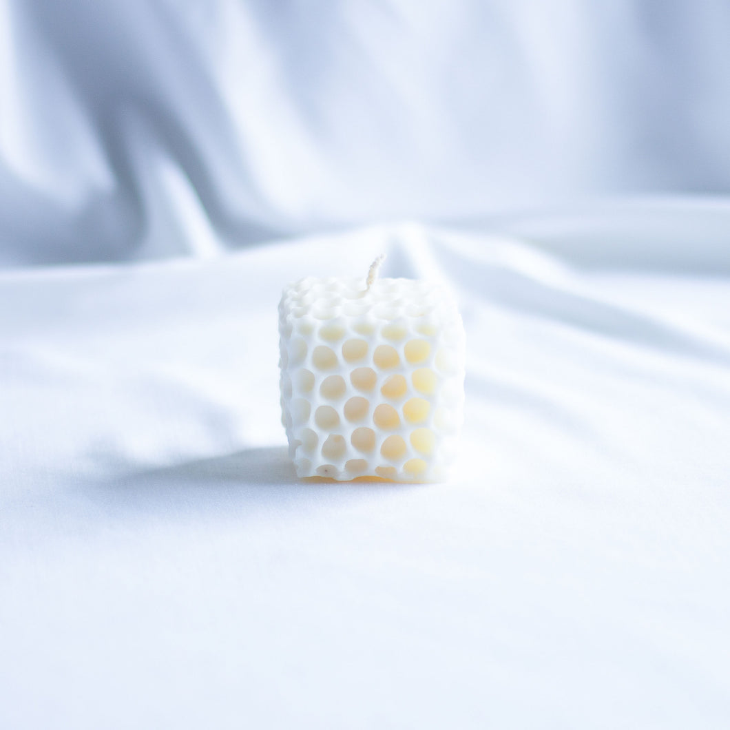 HIVE DRIP CANDLE