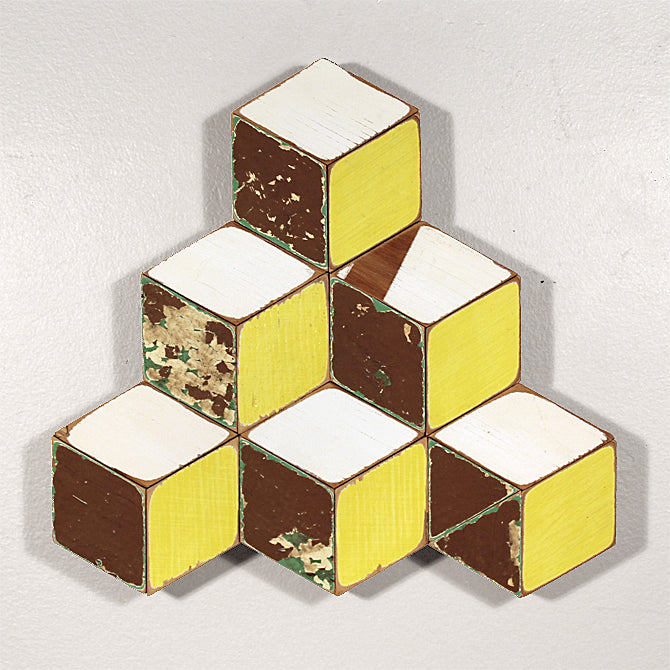 Stacked Cubes (Yellow)