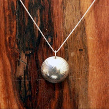 Load image into Gallery viewer, Textured Dome Necklace