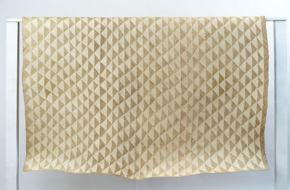 White Triangle Mat | 6' x 5' Rectangular | Natural Base