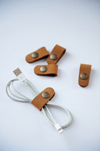 Load image into Gallery viewer, Leather Cord Snaps (3pk)