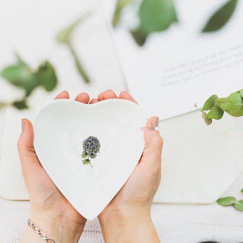 Hydrangea Boxed heart dish - Little Gems Interiors
