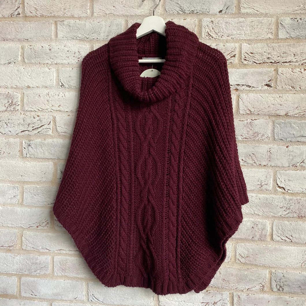 Cable Knit Poncho - Little Gems Interiors
