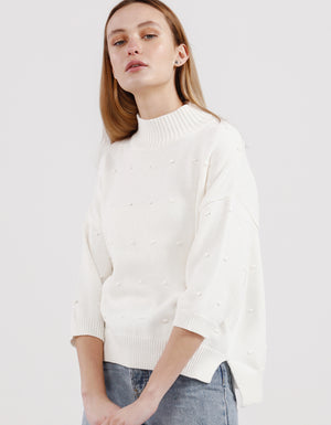 The Spot Slouch Tee White, from Kinney.